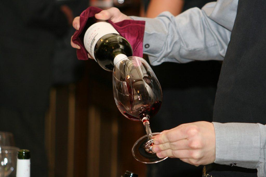 3 astuces simples pour facilement reconnaître un bon vin