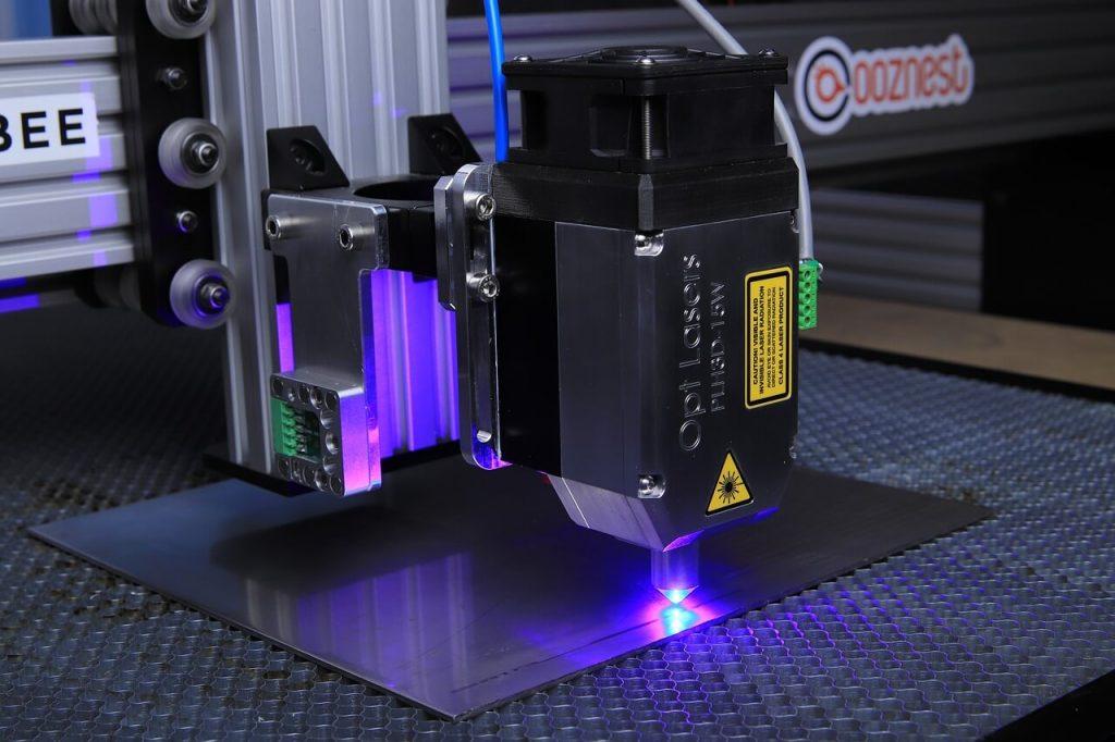 découpe jet d'eau - laser