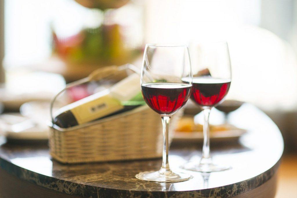 wine, red, dinner-1838132.jpg