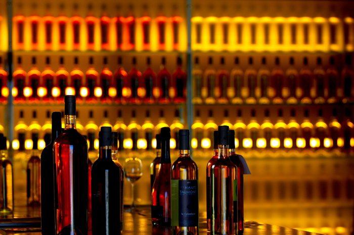 solliciter l'aide de votre caviste pour bien choisir votre vin